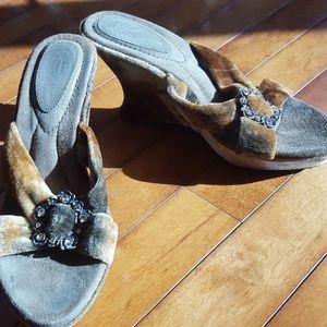 Velvet heels by Dr. Scholl's slides crystal detail